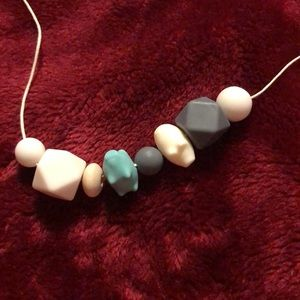 """25"""" neutral teething necklace"""
